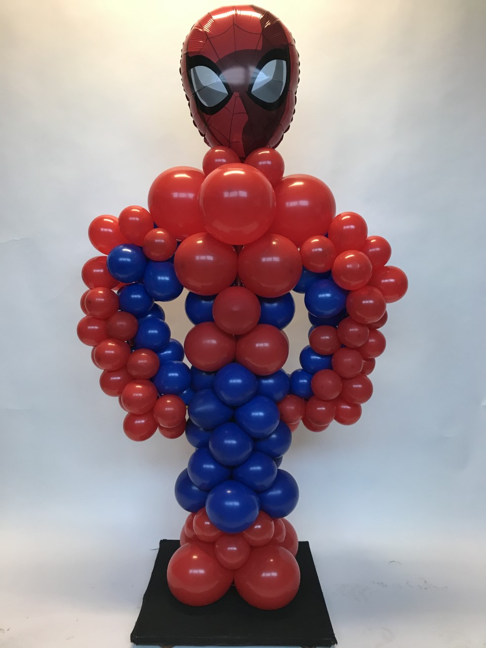 Spiderman ballon pilaar